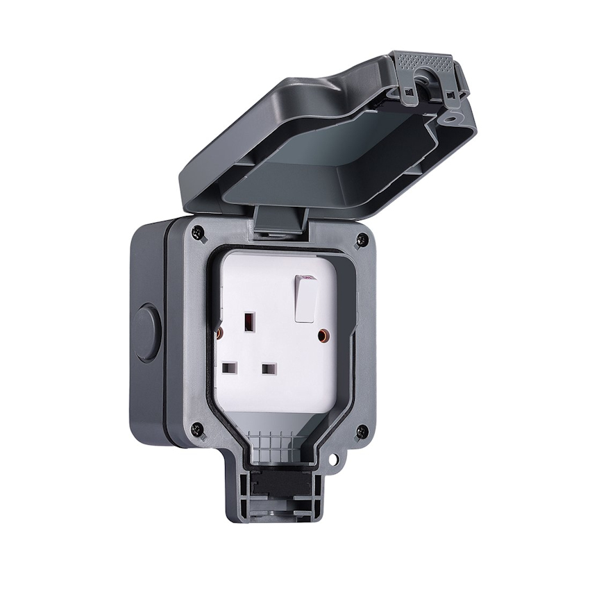 1 Gang Outdoor Waterproof Switched Socket IP65