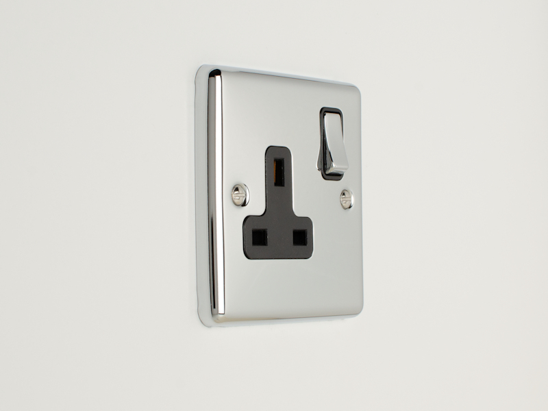 Polished Chrome Single Socket