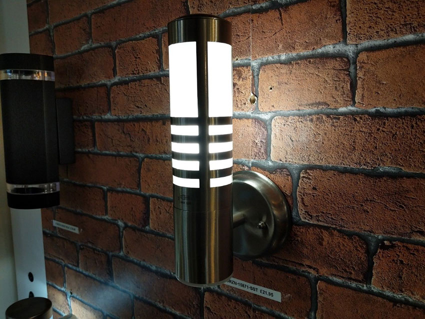 Outdoor Delta Stainless Steel External Wall Light